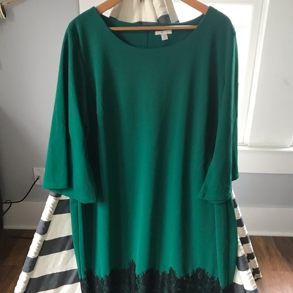 est 1946 Dresses & Skirts - EST 1946 Emerald and Lace Dress 👗 Size 22w
